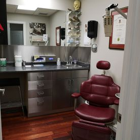 Milton Denture Clinic interior